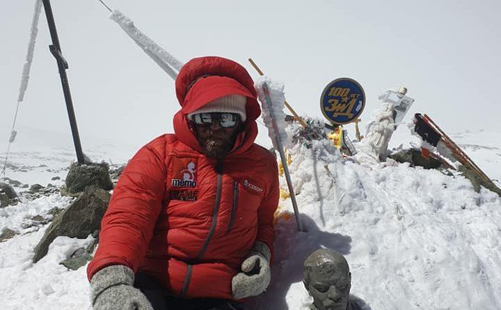 (Видео) Спасителят от дупнишкия планински отряд Георги Илков -Темето изкачи седемхилядника връх Ленин в Памир